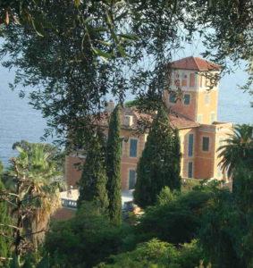 villa aan de kust